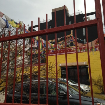 A buddhist temple tucked away at the edge of DUMBO